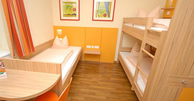 klassenfahrten in die jugendherberge hochspeyer. Black Bedroom Furniture Sets. Home Design Ideas
